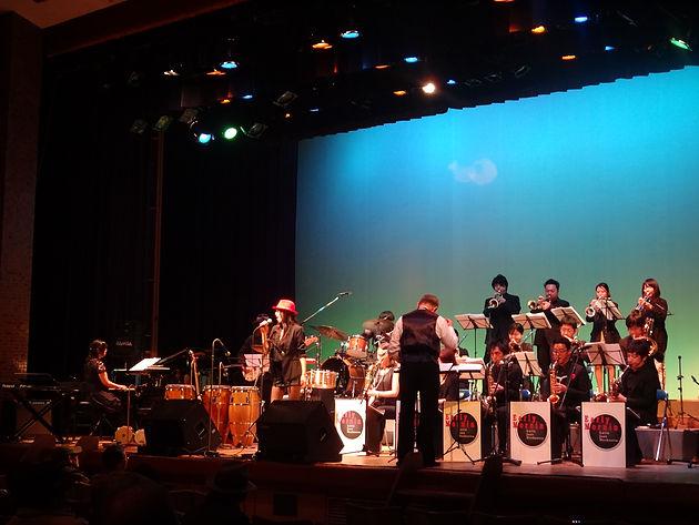 アーリー モーニン ラテン ジャズ オーケストラ ビッグバンド・コンサート